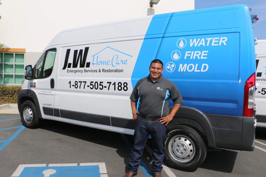 Water Clean up in Walnut Park, California (7690)